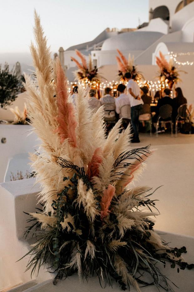 Pampas grass modern wedding in Santorini