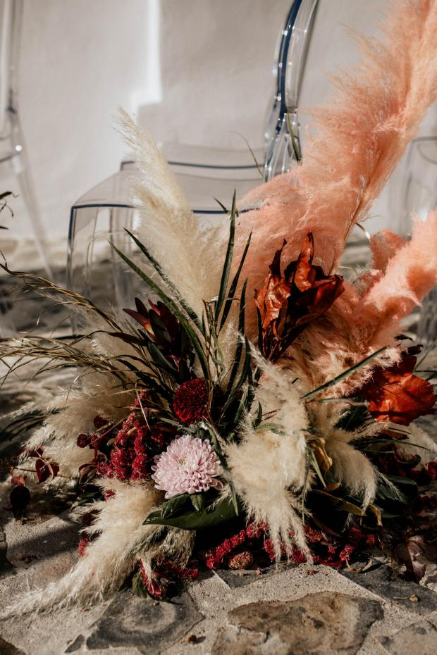 Pink pampas grass and burgundy