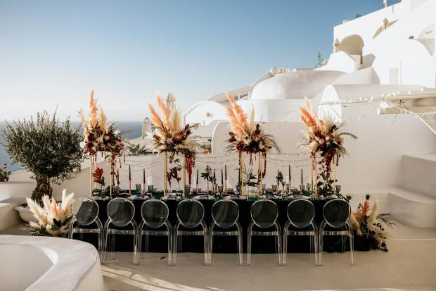 Modern -bohemian wedding in Greece
