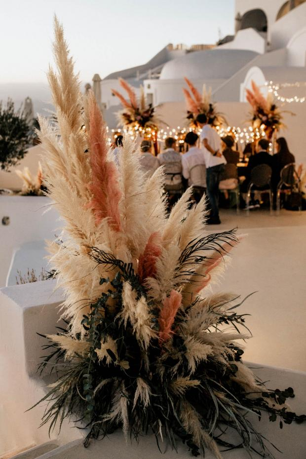Pampas grass modern wedding in Santorini