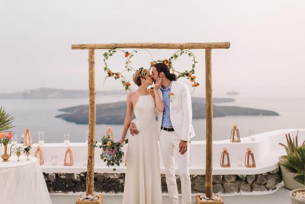 Bohemian and modern wedding in Greece
