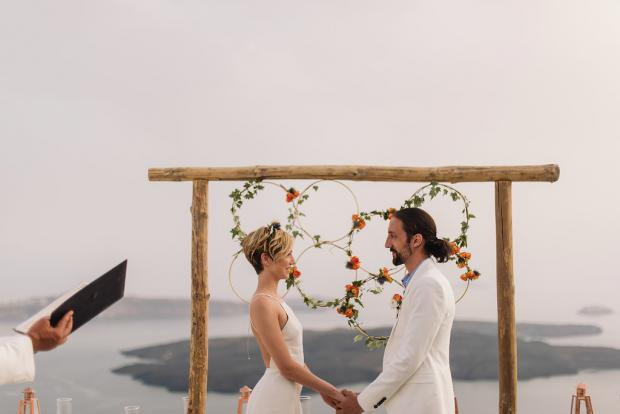 Bohemian and modern wedding in Greece