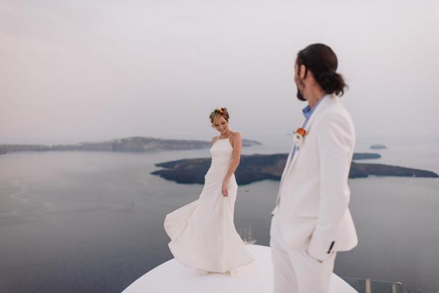 Bohemian & modern Santorini wedding