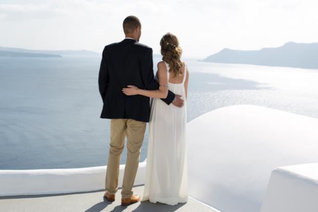 Bohemian wedding in Santorini