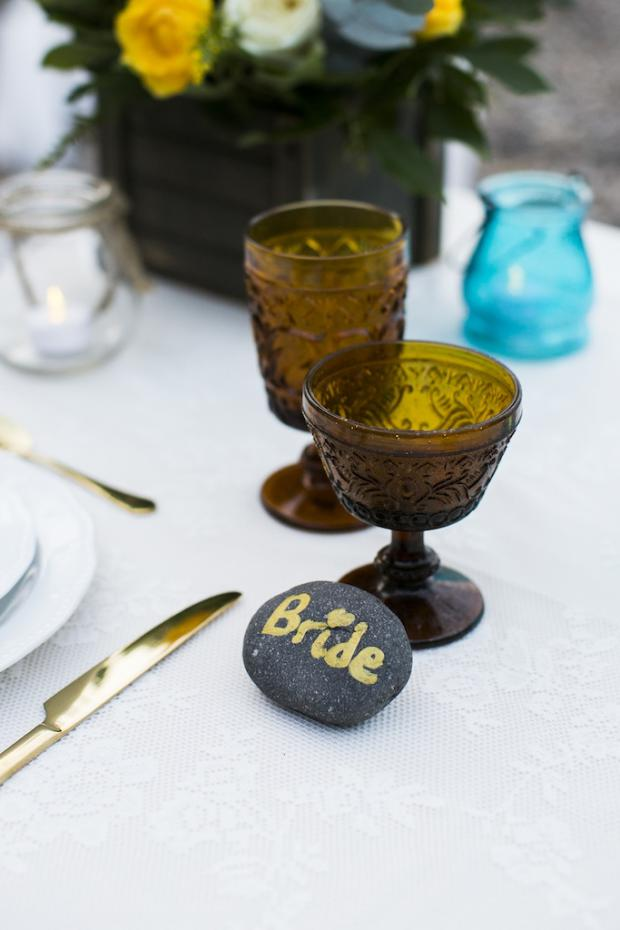 Boho Style wedding in Santorini-beach picnic