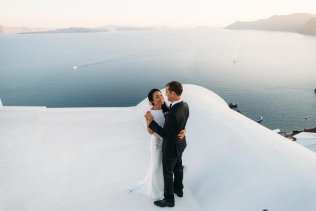 Santorini wedding-first dance