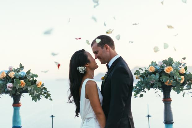 Santorini wedding moments