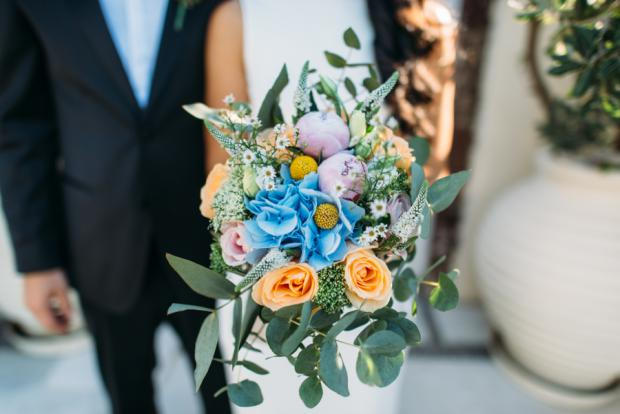 Bridal bouquet-Santorini wedding
