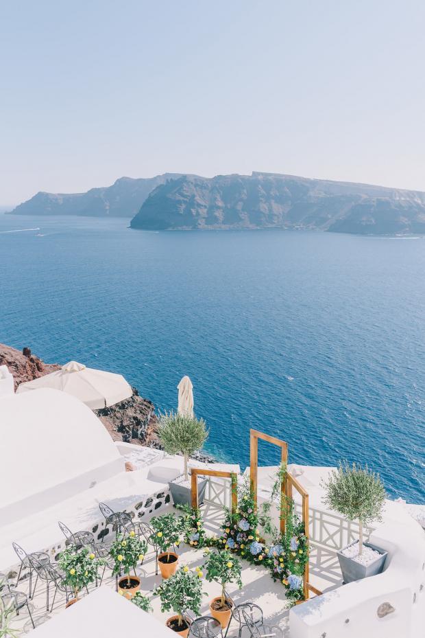 Mediterranean- lemon wedding in Greece