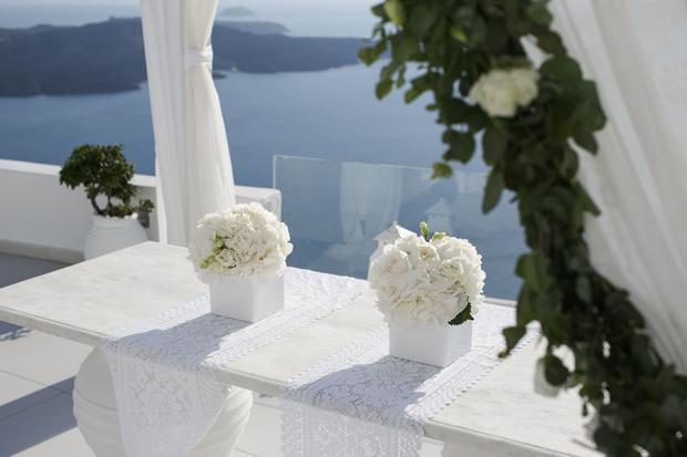 Ceremony table- Santorini wedding