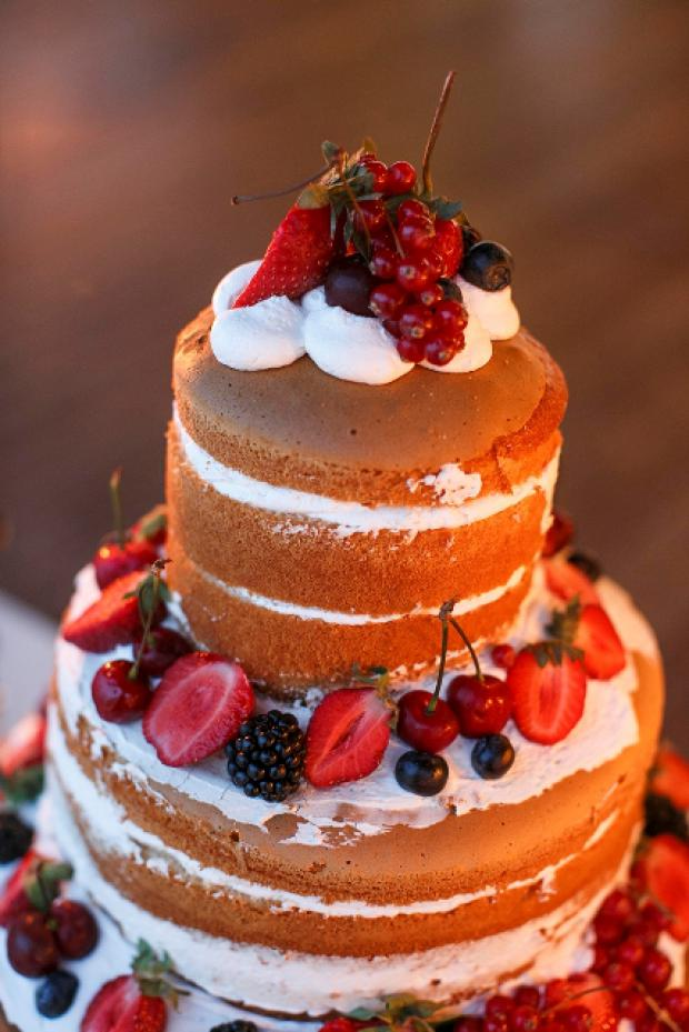 Naked fruit  cake- Tie the knot in Santorini