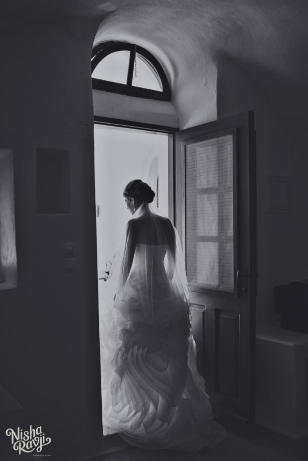 Santorini wedding- Vera Wang gown