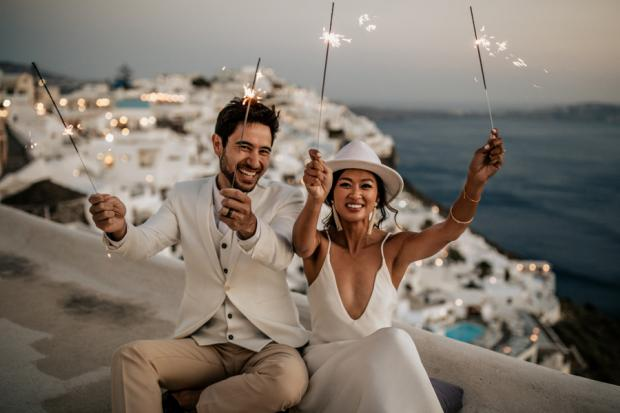 Modern and edgy wedding in Greece- sparklers