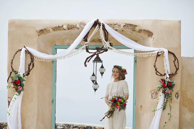 Boho wedding in Santorini-wedding arch