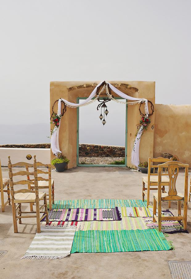 Boho and traditional wedding in Santorini-wedding ceremony