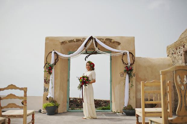Boho wedding in Santorini- wedding ceremony