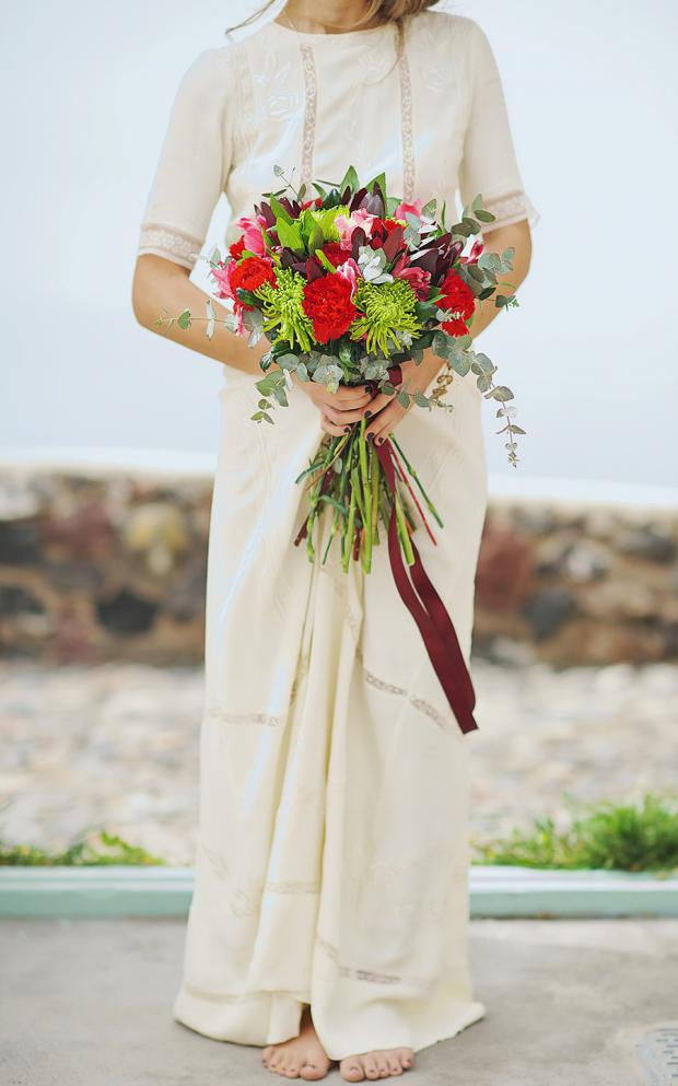 Boho wedding in Santorini- wedding bouquet in red and marsala