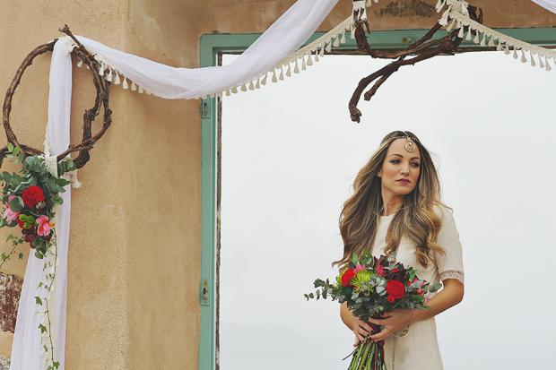 Boho wedding in Santorini- bridal hair