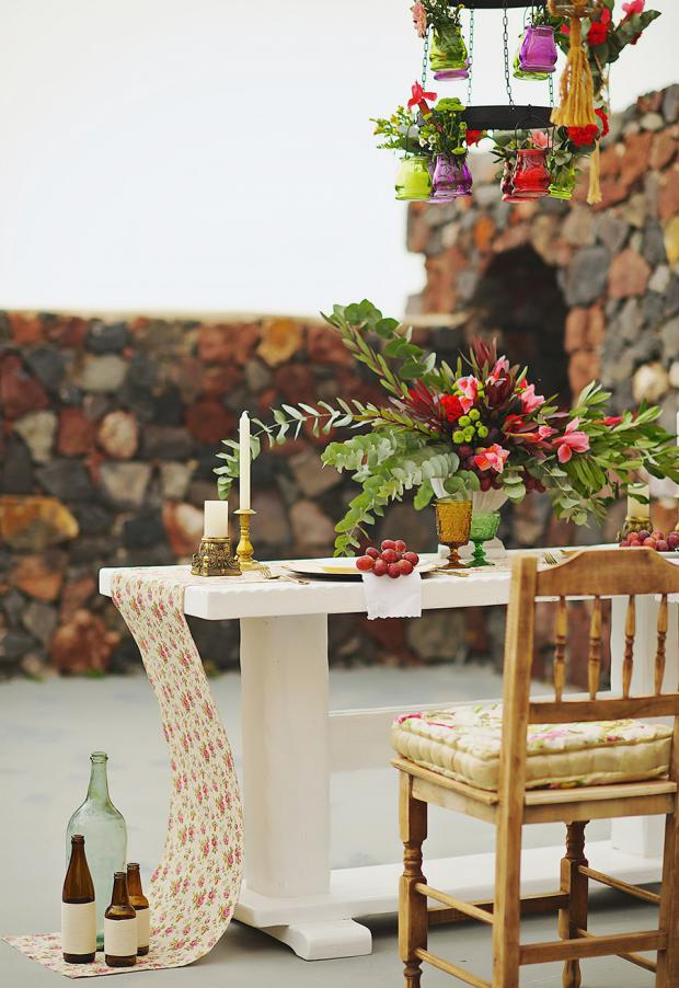 Boho wedding in Santorini-tablescape