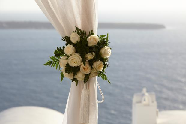 Santorini wedding- ceremony altar