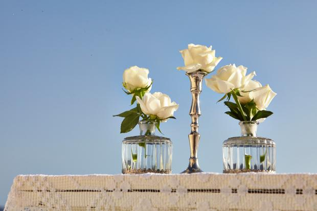 Santorini wedding-centerpiece