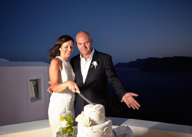 Santorini weddings-wedding moments