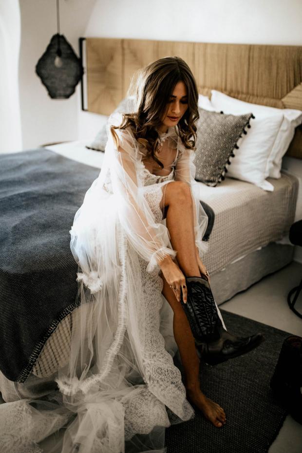 Rock destination elopement-bride