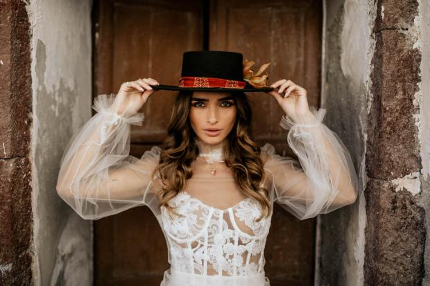 Fashion forward destination elopement in Europe-bridal hat