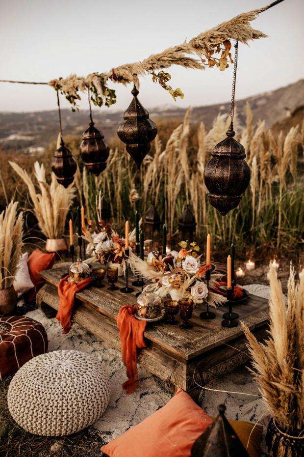 Rust color wedding tablescape