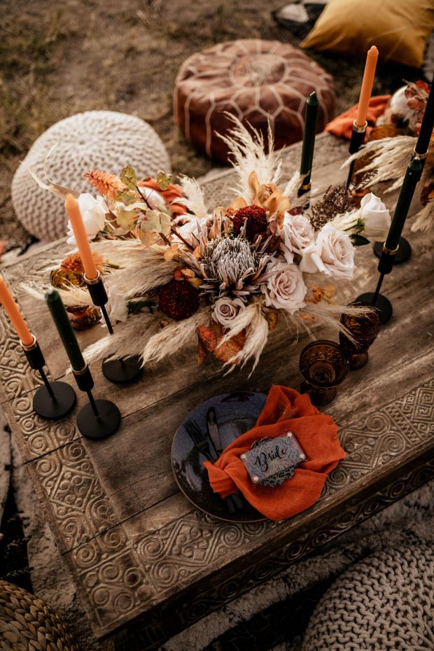 Rust color wedding tablescape- name tags