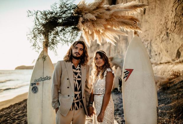 Surf destination elopement with pampas grass - Greece