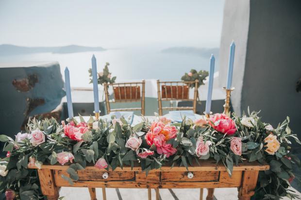 Peony garland -sweetheart table
