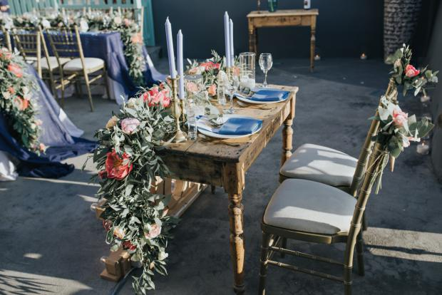 Beautiful lush flowers - sweetheart table