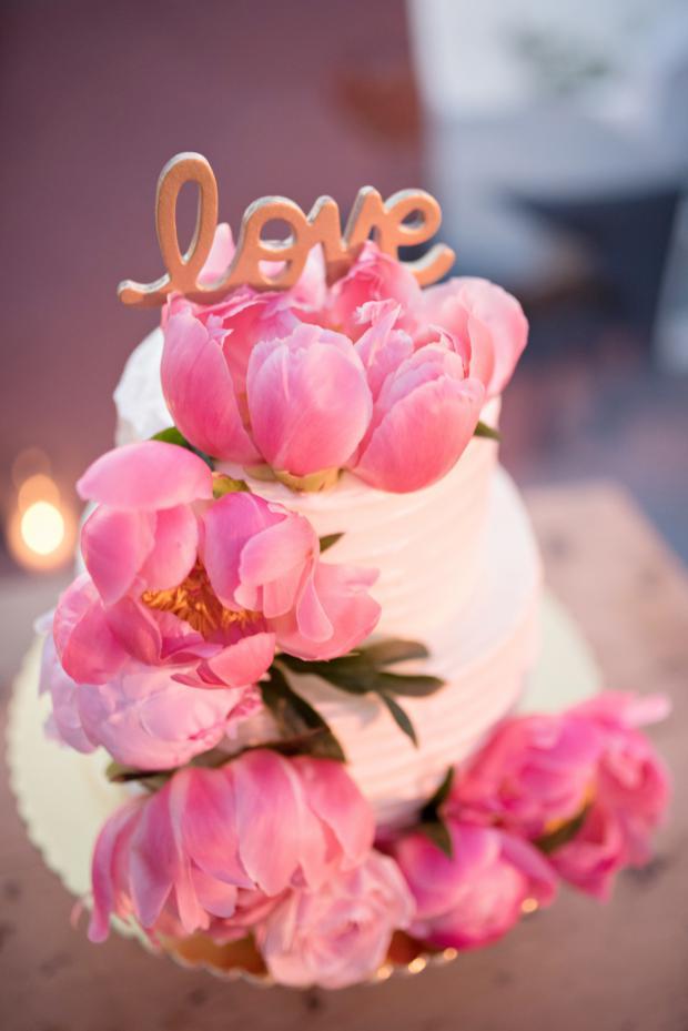Lush peony cake-Tie the knot Santorini