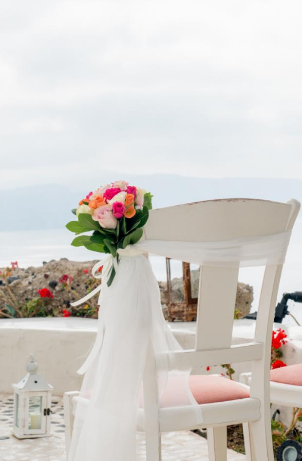 Santorini wedding-wedding ceremony aisle