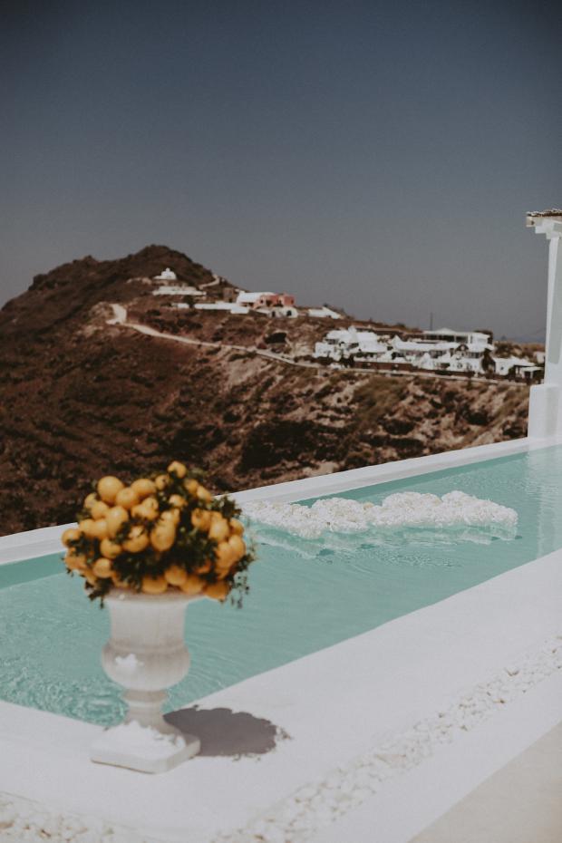 Lemon wedging  in Greece & Italy