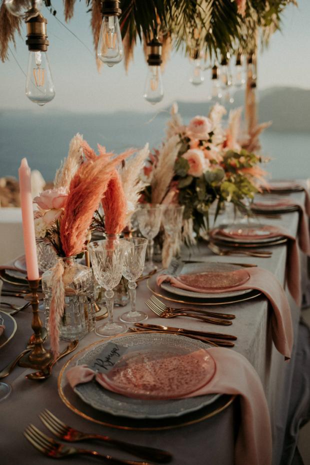 Intimate wedding dinner in Greece
